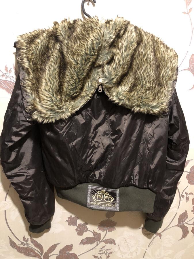 Куртка женская размер L