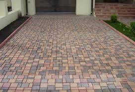 Укладка тротуарной плитки любой сложности. Быстро и качество.