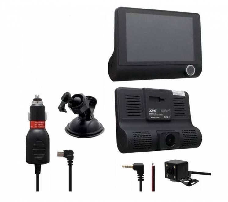 Автомобільний відеореєстратор на три камери DVR full HD 1080