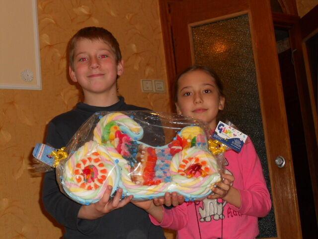 Сделаю на заказ уникальную торт-игрушку из мармелада и желе