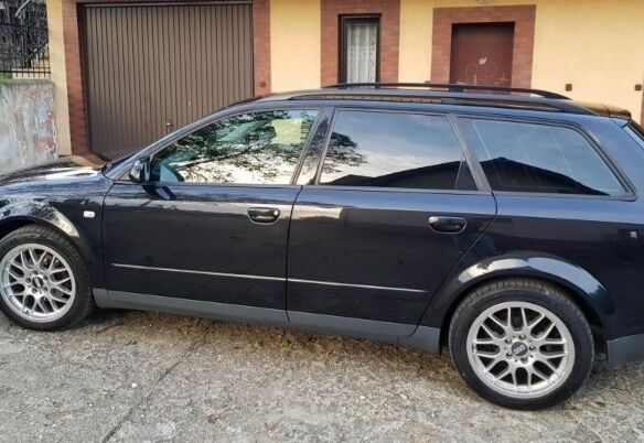 продам Audi A4 вложений не требует