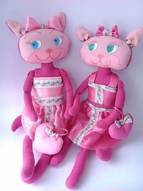 Розовые кошечки сестрички.Игрушка ручной работы.Подарок девушке, маме