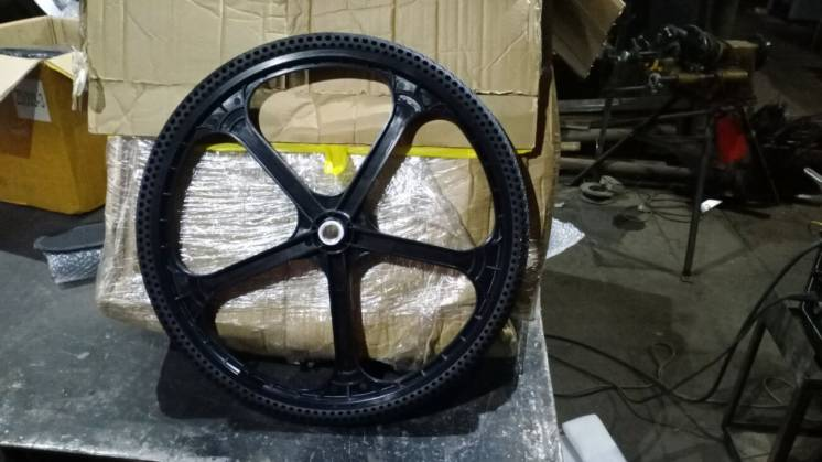 Велосипедне Колесо з безкамерної покришкою 26 X 1,5