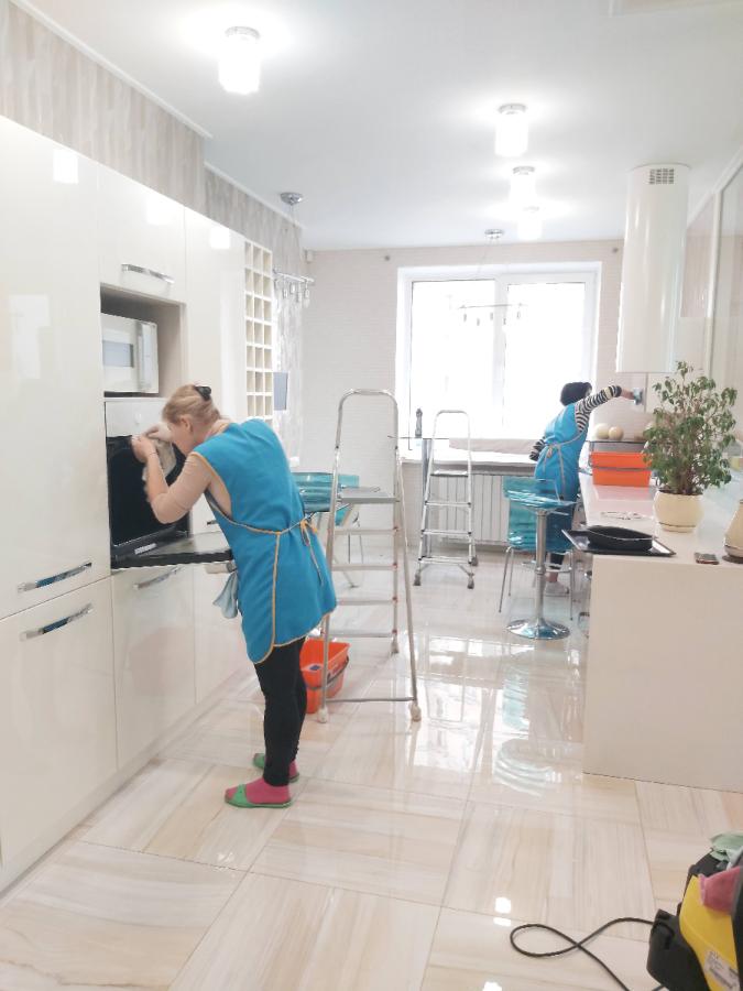 Профессиональная уборка квартир, мытьё окон, химчистка мягкой мебели