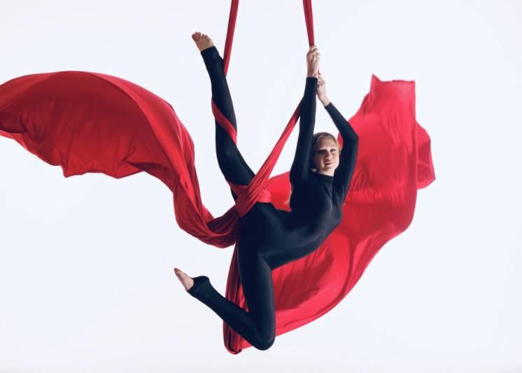 Фотосесія з Повітряної Гімнастики.