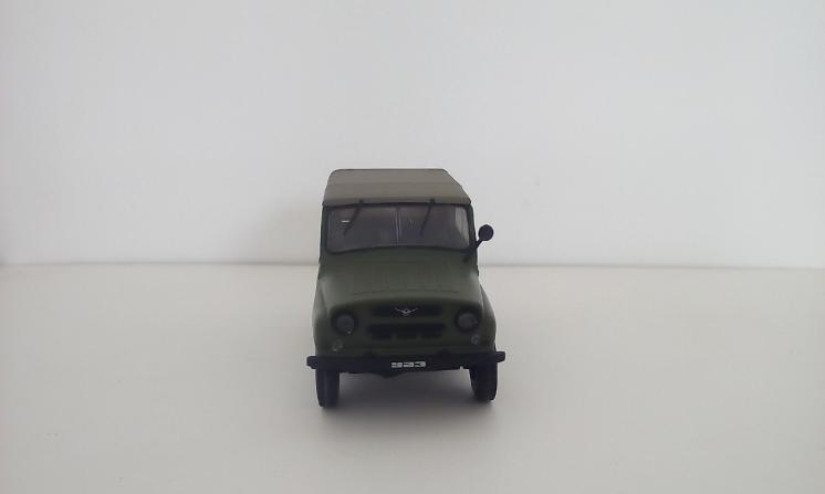 УАЗ 469 модель 1/43