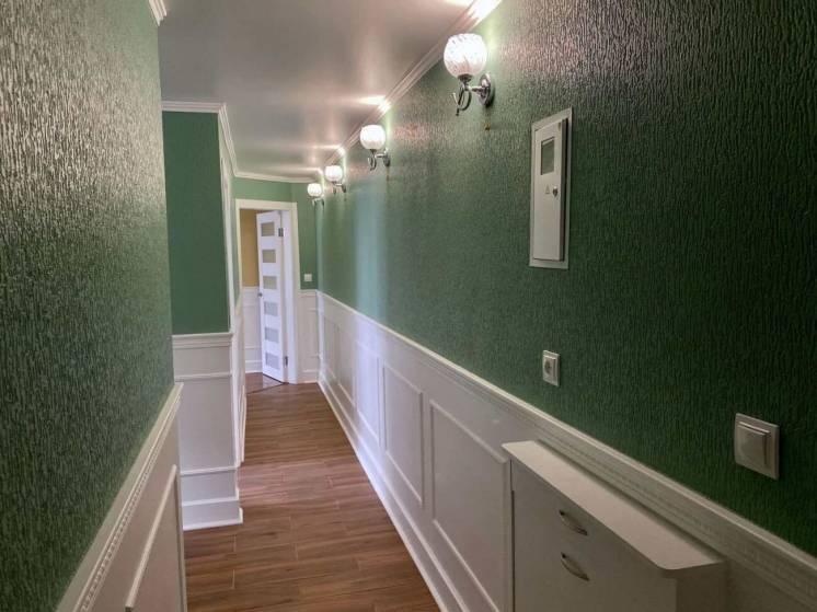 Продам 2-х комнатную квартиру, пр. Науки, метро 23 Августа.