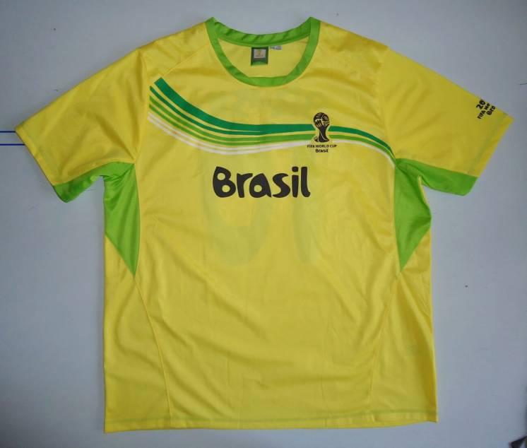 футболка  Brasil  FIFA World Cup размер (XL)