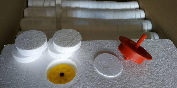 Заглушкі з пінопласту для утеплення будинків пробкі