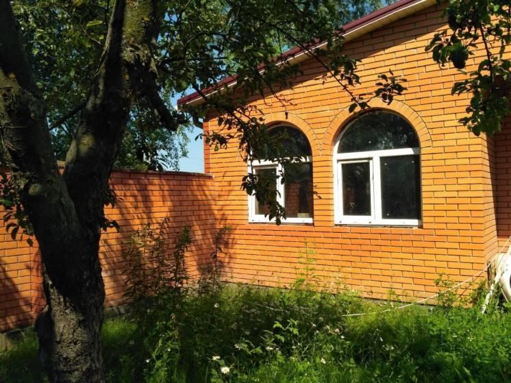 Брусиловск р-н, Продам 2 дома по цене 1-го! 160 м, 42 сотки, 70 км К