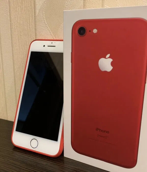Iphone Red 128 gb