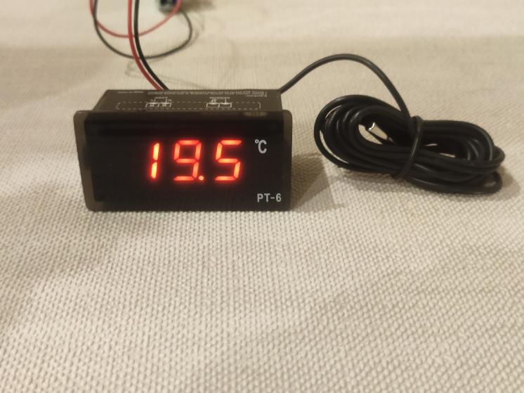 Термометр, датчик температуры -40 - 110 градусов 220 вольт PT-6