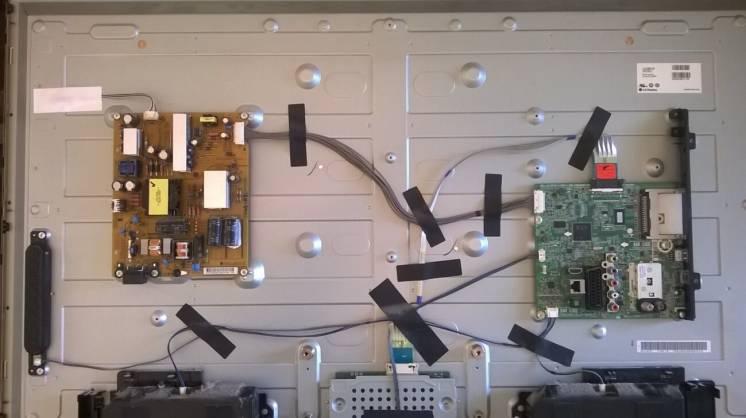 LG42LN540V с треснутой матрицей - разборка или ремонт.