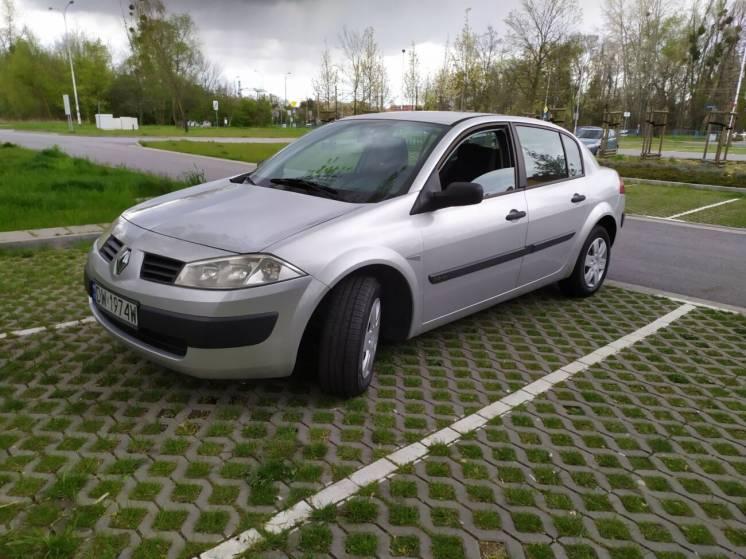 Автомобиль Renault Megane II