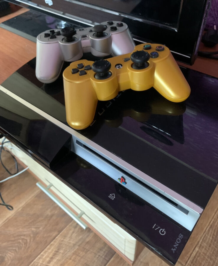 Приставка PlayStation 3