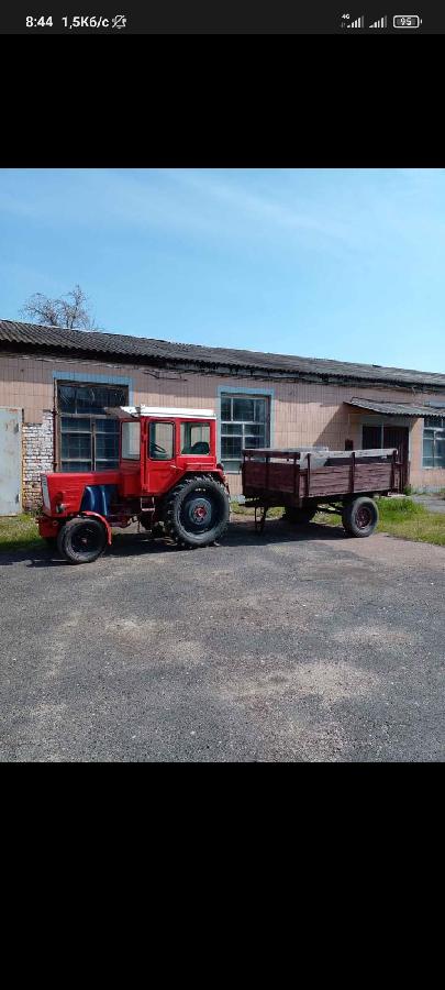 Срочно продам трактор Т-25