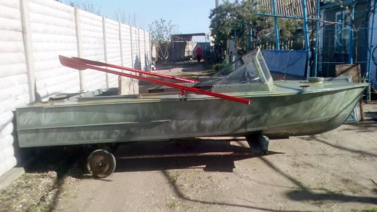 Продам лодку МКМ б\у
