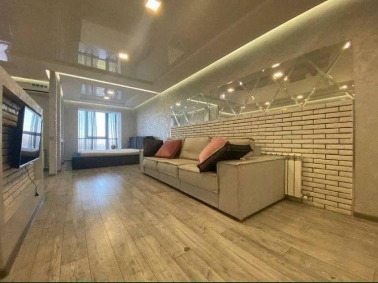 Сдается стильная 1к студия в ЖК Набережный Квартал, вид на р. Днепр.