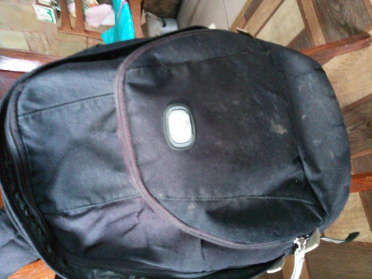 Небольшой старенький рюкзак