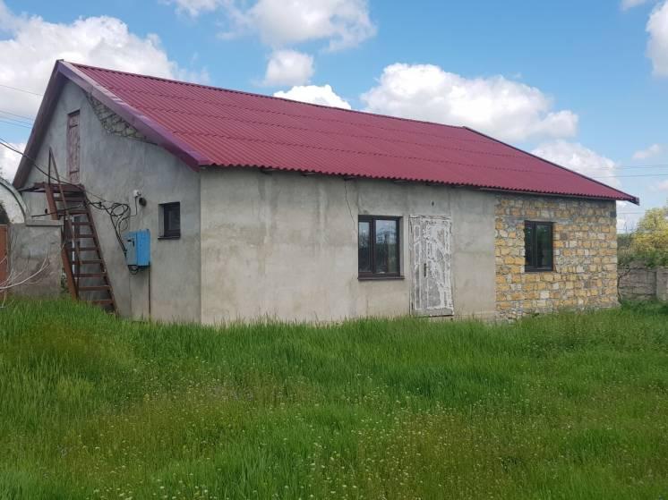 Продам дом с большим складом