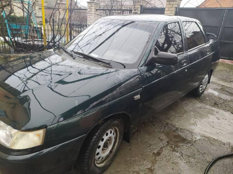 Продам авто 2110 2003 года выпуска первый хозяин. Брали в салоне.