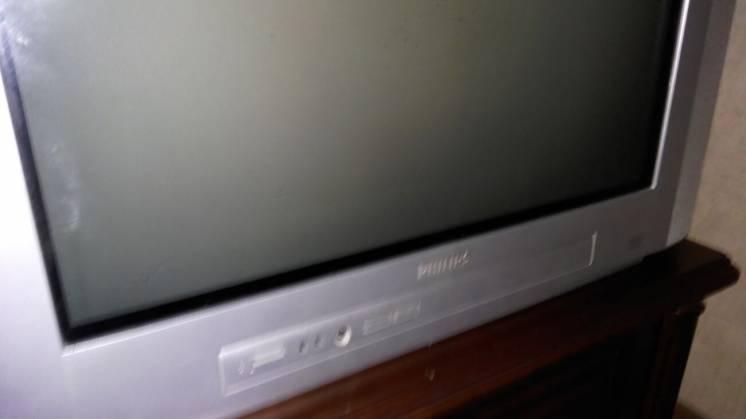 Продам телевизор Philips, полностью рабочий.