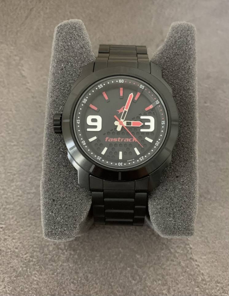 Новые мужские наручные часы Fastrack