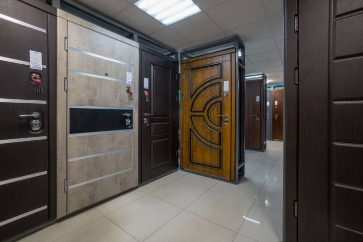 Двери входные с установкой