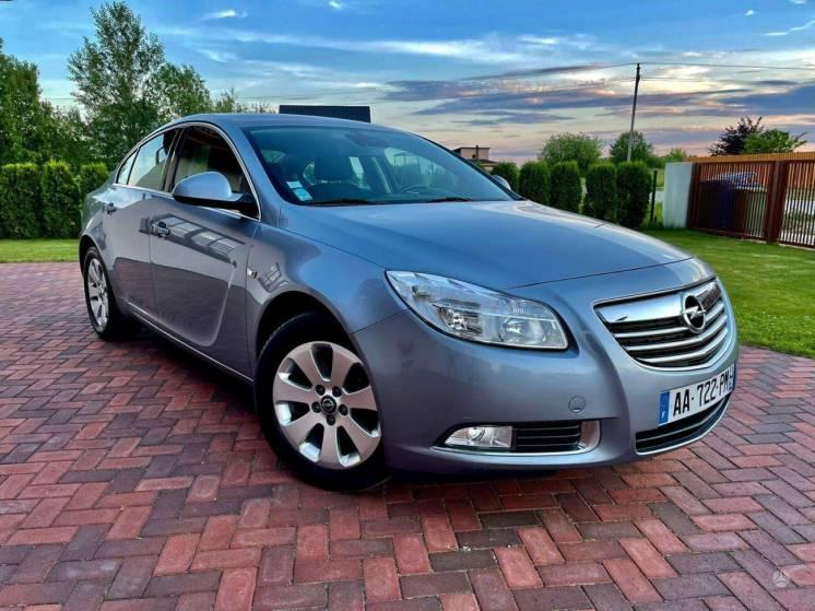 Opel Insignia, 2.0 l., Седан