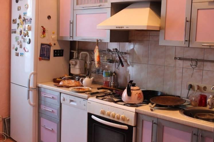 Продам 4х комн квартиру в Херсоне по ул. 49 Гв.дивизии,11 Общ.пл85 кв.