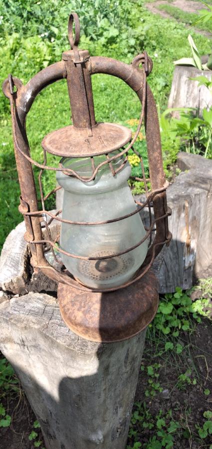 Лампа старая керасиновая