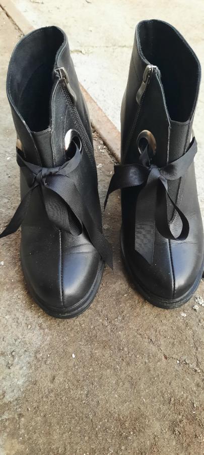 Ботиночки очень красивые,модные