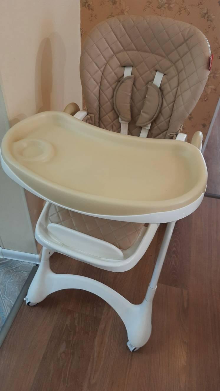 Продам б/у стульчик для кормления Carello Caramel