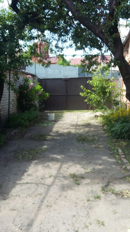 От собственника. Дом в центре рядом с метро Киевская, с центр. коммун