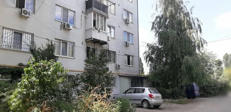 Сдам ХОРОШУЮ 1 ком. квартиру  в  НОВОМ  доме р-н Лузановка