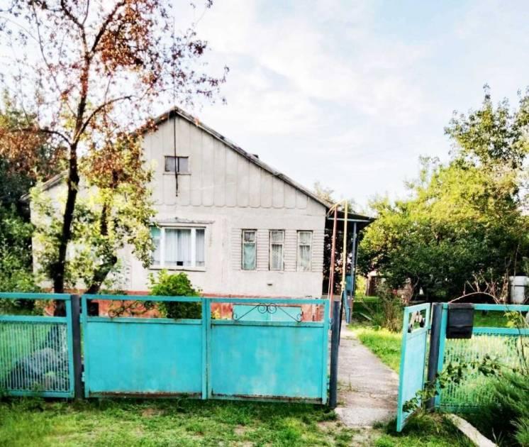 Дом рядом с Киевской трассой