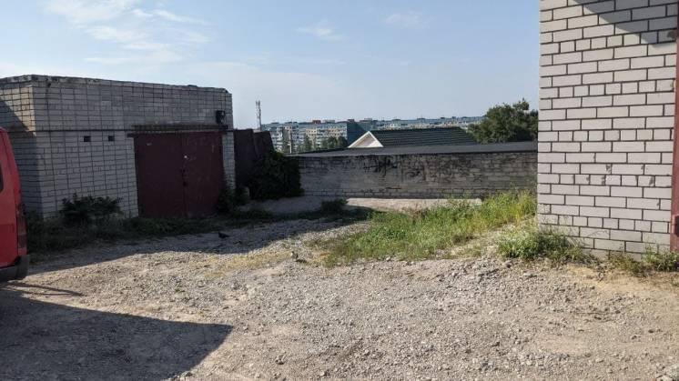 Продам двухэтажный капитальный гараж р-н Парус, Коммунар кооператив