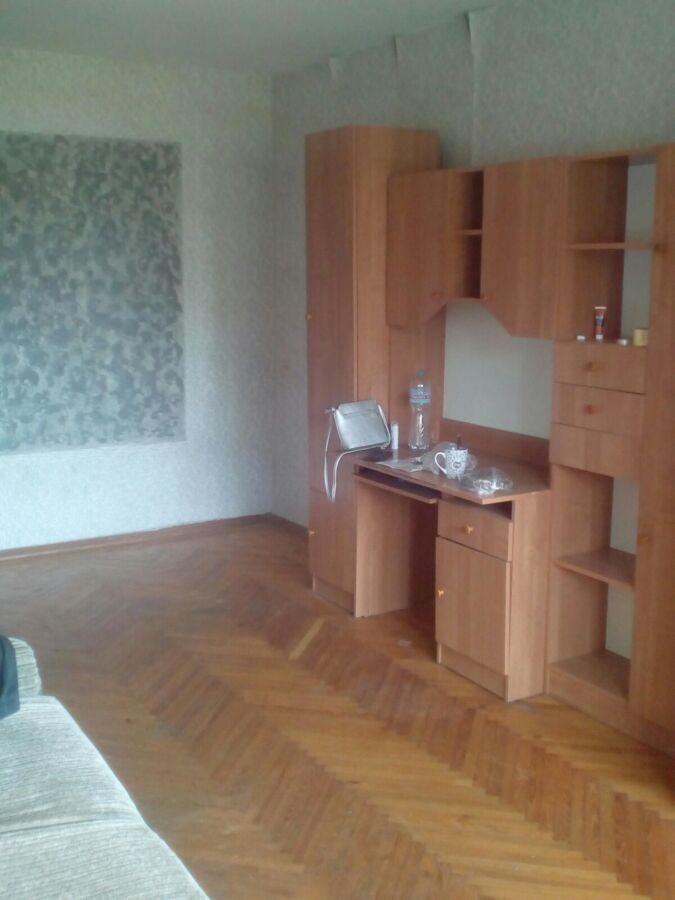 сдам 3 комнатную квартиру, улица Героев Труда 68