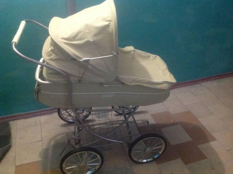 Детская коляска Бемби времён СССР
