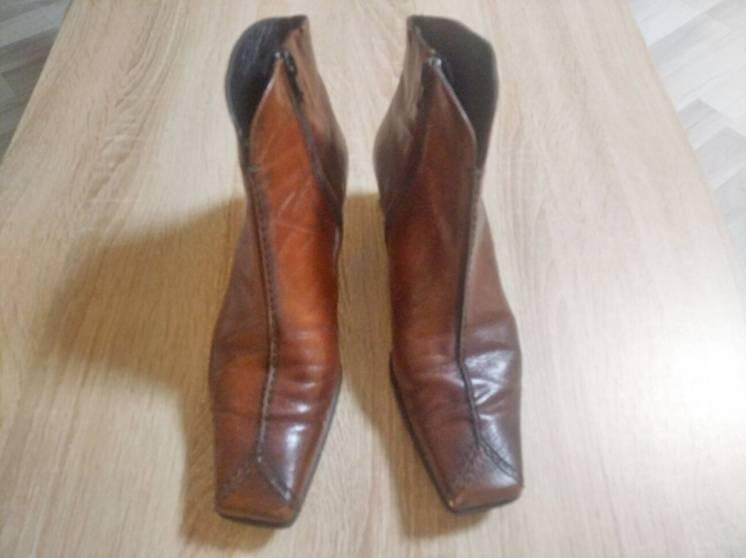 Шкіряні черевики фірми KSshoes, розмір 39 (24,5), в гарному стані