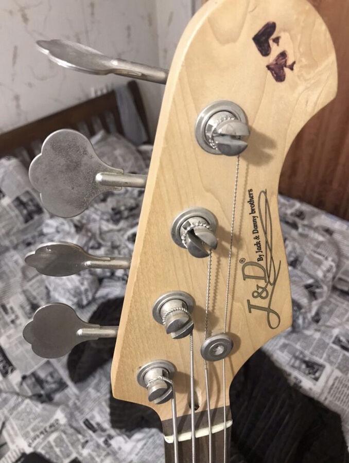 Продам бас гитары