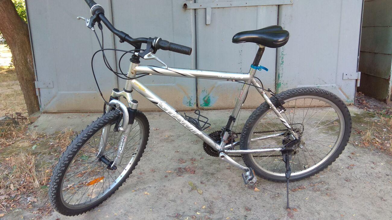Продам велосипед Giant, рама хром, из германии.