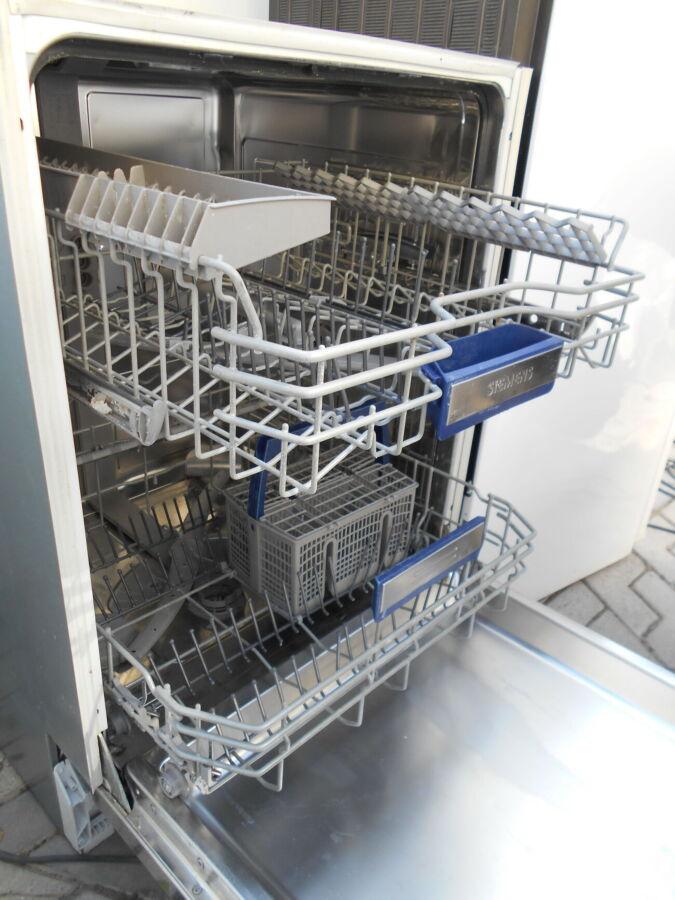Посудомийна машина Siemens під забудову,86см вис.,управління на торці