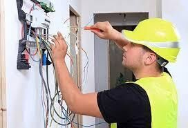 Электромонтаж, электрик, замена электропроводки в квартире и доме