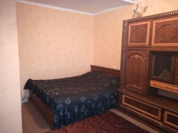 Продам 1 кімнатну квартиру в кірпічному будинку на Вишеньці