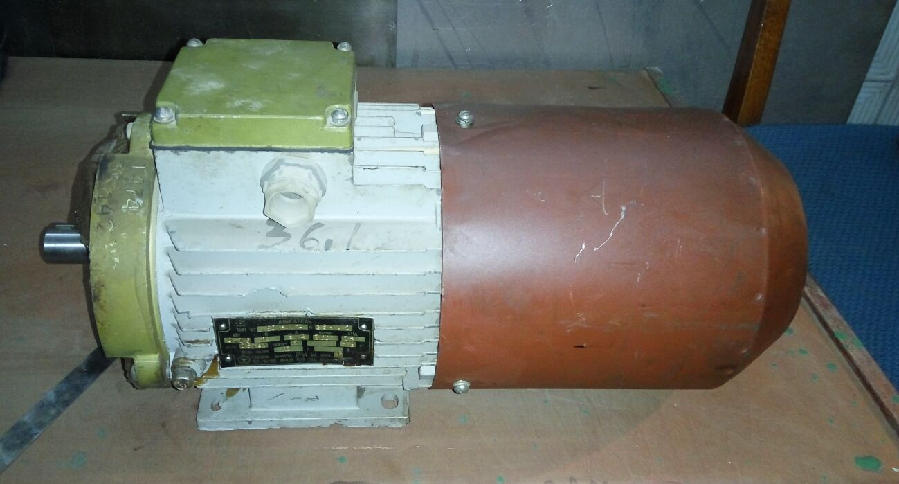 Электродвигатель постоянного тока 4по80а2