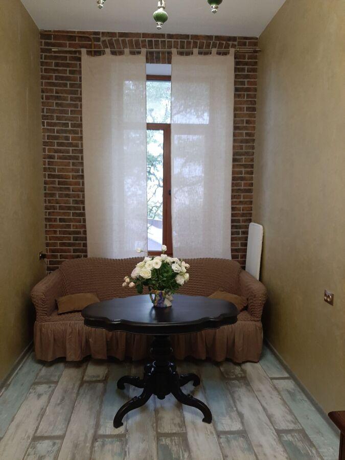 2- комнатная квартира ул. Суворова, 3/3, 56 кв.м, комнаты раздельны