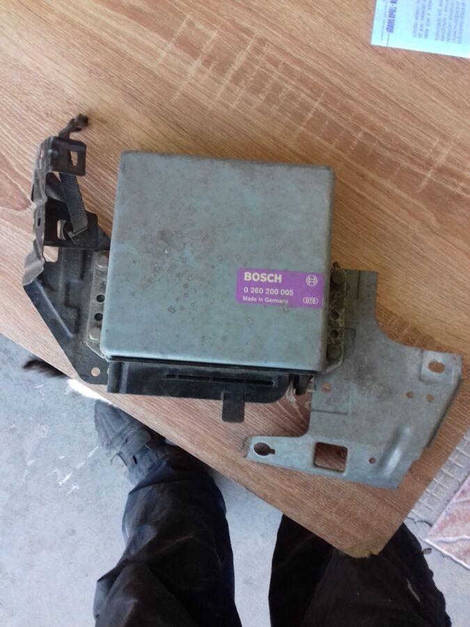 Блок управления двигателем Bmw E30