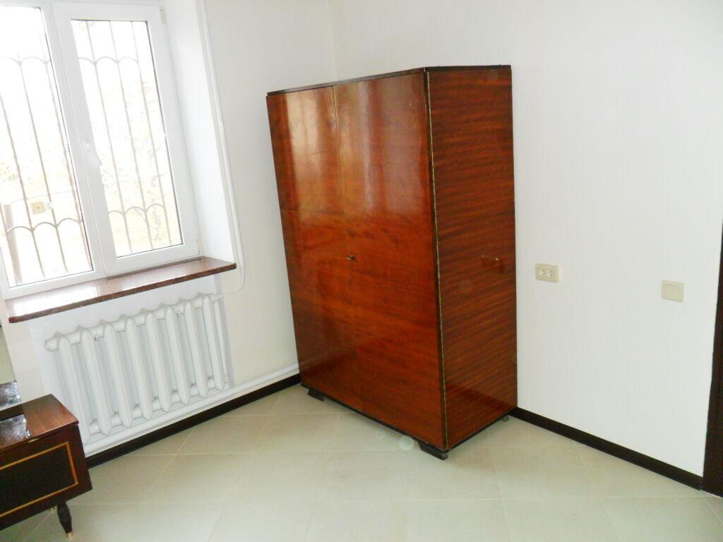 Сдам комнату для девушки без хозяйки