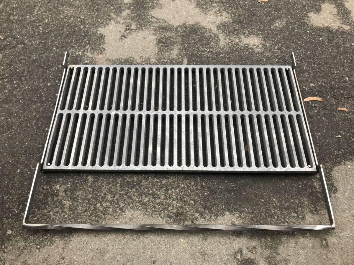 Чугунная решетка гриль bbq grill для мангала и барбекю 66.4х33.7 см.